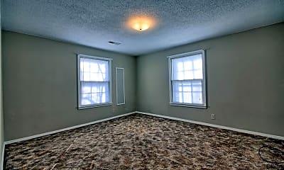 Living Room, 457 E Vandalia St B, 2
