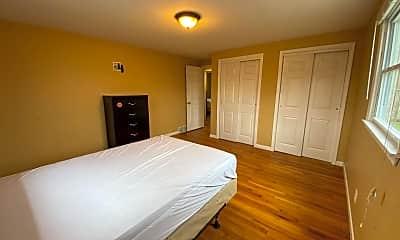 Bedroom, 104-06 Robert Dr, 2