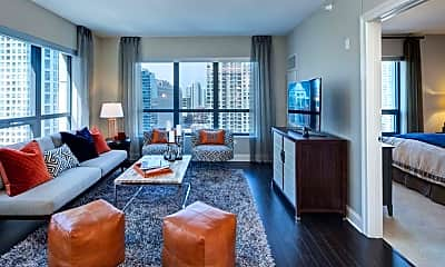 Living Room, 110 W Kinzie St, 0
