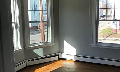 Living Room, 93 Walnut St, 1