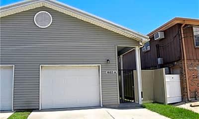 Building, 1607 Lake Ave B, 0