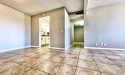 Living Room, 3919 Englewood Cir, 1
