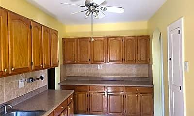 Kitchen, 70-40 72nd Pl 2R, 1