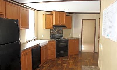 Kitchen, 4584 Hob Warren Rd, 1