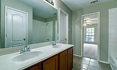 Bathroom, 3817 Braxton Ln, 2