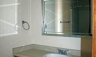 Bathroom, 1724 3rd St, 2