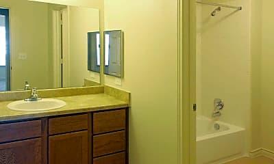 Bathroom, Woodlawn Ranch, 2