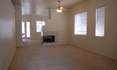 Living Room, 10128 Pinnacle View Pl, 1