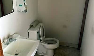 Bathroom, 510 E Hayes St, 2