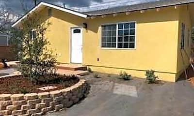 Building, 1131 Farrington Dr, 2