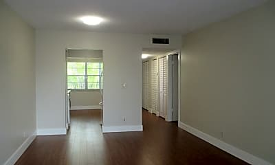 Living Room, 8450 Lagos De Campo Blvd, 1