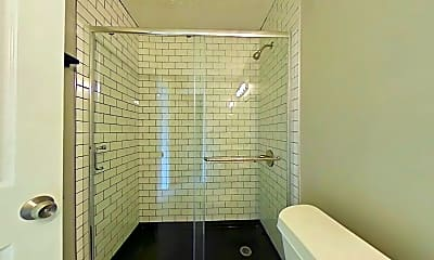 Bathroom, 1409 E Gold Coast Rd, 2