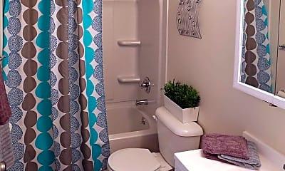 Bathroom, Stone Creek, 2
