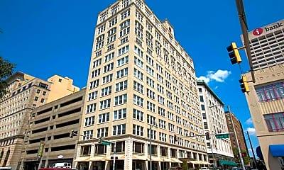 Building, 66 Monroe Ave 1102, 1