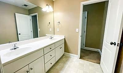 Bathroom, 813 Landing Dr, 2