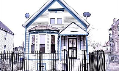 Building, 4835 W Congress Pkwy, 1