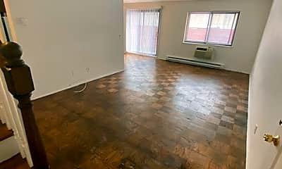 Living Room, 243 W Post Rd B, 1