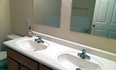 Bathroom, 57 Davenport Rd, 2