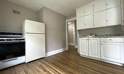 Kitchen, 408 1/2 Locust St, 0