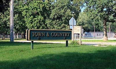 Town Country Apartments, 1