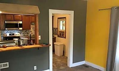 Bedroom, 16927 Hillsboro Rd, 1