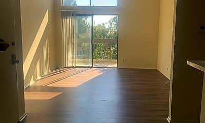 Living Room, 3724 Glendon Ave, 1