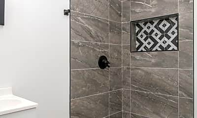 Bathroom, 3312 W Cumberland St, 2