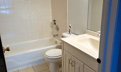 Bathroom, 494 N Lake Shore Dr, 2