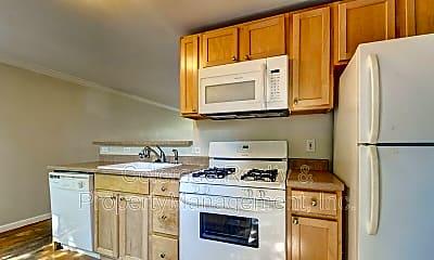 Kitchen, 783 Eudora St, 1