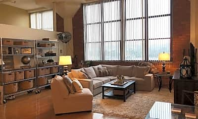 Living Room, 5850 Centre Ave, 1