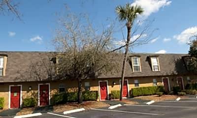 Villas at Pine Crest, 1
