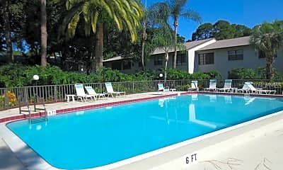 Pool, 3034 Eastland Blvd D206, 2