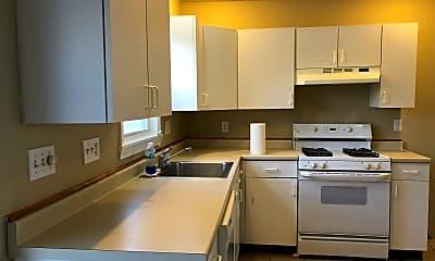 Kitchen, 63 Conn St, 1