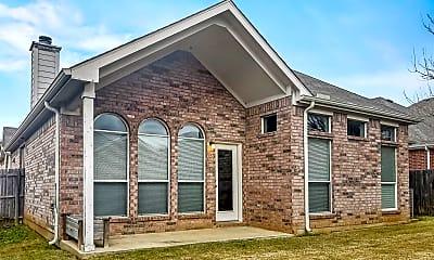 Building, 2825 Maple Creek Dr, 2