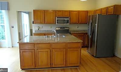 Kitchen, 1311 Barksdale Dr NE, 1