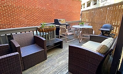 Patio / Deck, W Belden and N Lincoln, 2
