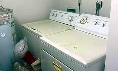 Bathroom, 2735 W 62nd Pl, 2