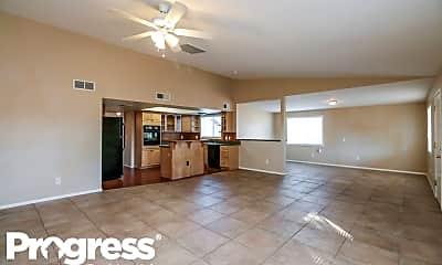 Living Room, 119 S Cottonwood St, 1