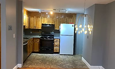 Kitchen, 16 Mayberry Dr, 1