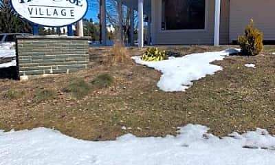 Community Signage, 100 Quarry Rd E, 2