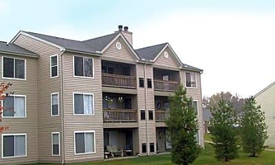 Pinnacle Pointe Apartments, 2