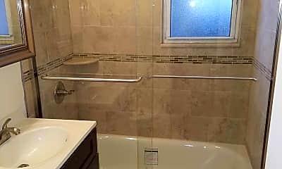 Bathroom, Ridge Gardens, 2