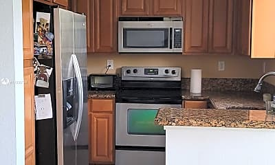 Kitchen, 21133 NW 14th Pl 159, 2