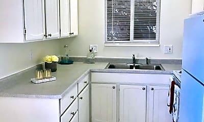 Kitchen, 4185 Highland Dr, 0