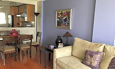 Living Room, 2200 NE 33rd Ave 6D, 1