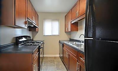 Kitchen, 5109 Pleasant Ave, 1