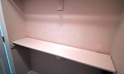 Bedroom, 554 Carrier Dr, 2