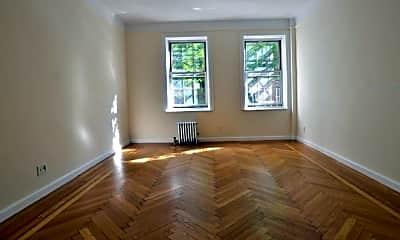 Living Room, 117 W 131st St, 1