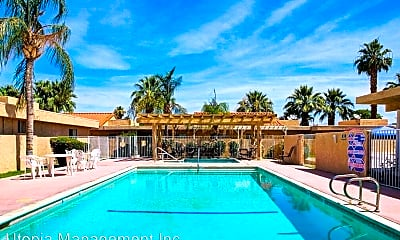 Pool, 73625 Catalina Way, 2