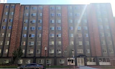 Saxony Apartments, 0